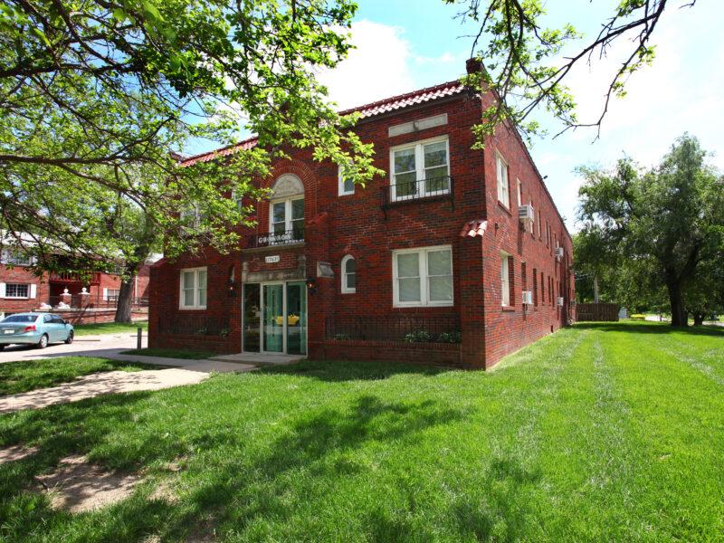 Granada Apartments Wichita
